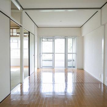 募集中のお部屋はこちら。どんな風にカスタマイズしようか、ワクワクしますね!(もちろんそのまま住んでもいいんですが)