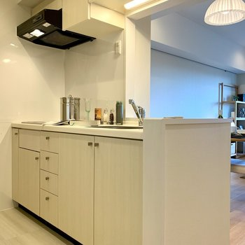 お次は調理器具がたっぷり収納できるキッチン。※写真は前回募集時のものです