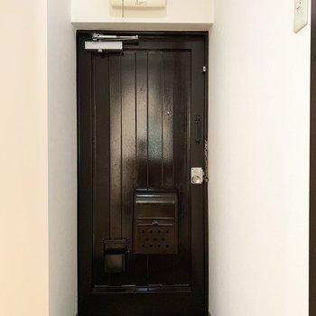 玄関のタタキはコンパクトに。