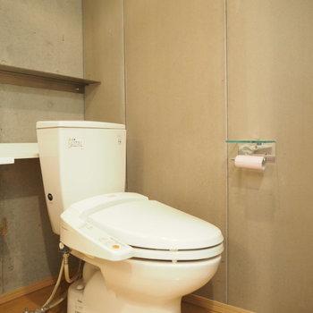 トイレはこちら。※写真は3階の反転間取り別部屋のものです