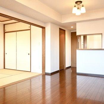 シーリングライトでお部屋が上品な雰囲気に。