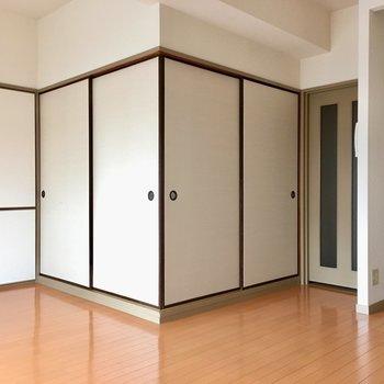 LDKの中に・・・和の箱。(※写真は6階の同間取り別部屋のものです)