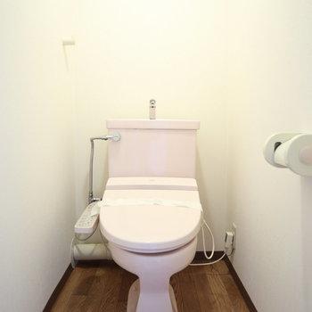 ピンクのトイレ♪