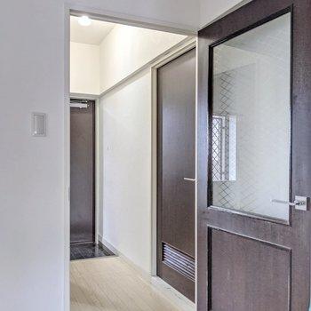 廊下側にも洋室が1部屋。