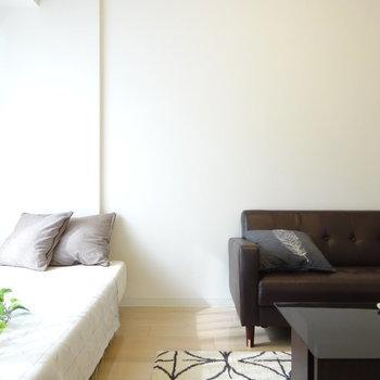 部屋幅はこのくらい。(※写真は4階の同間取り別部屋、モデルルームのものです)