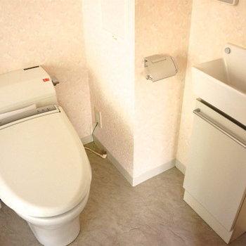 トイレも綺麗。※写真は同タイプの別部屋