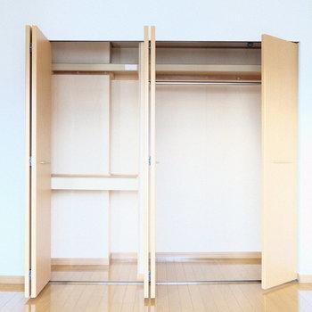 大きめの収納は洋室に。(※写真は4階の反転間取り別部屋のものです)