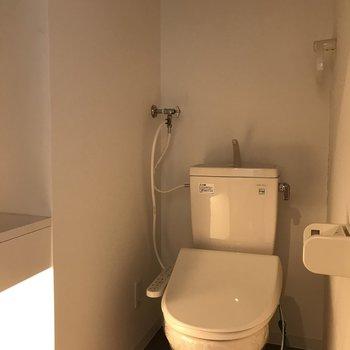 おトイレはムーディー