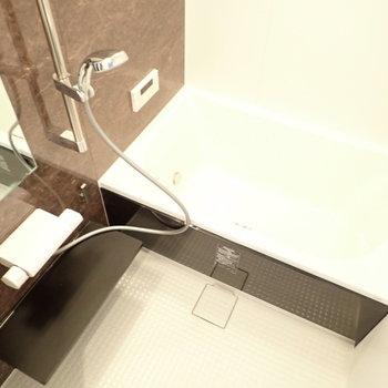 浴室乾燥機&追焚機能つき!