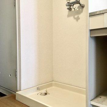 洗濯パンはキッチン横に。