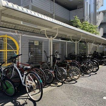 駐輪場、バイク置き場もしっかりと◎