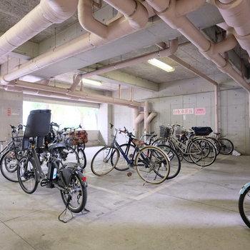 駐輪場もしっかり完備