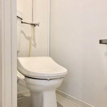 トイレはうれしいウォシュレット付き!※写真は前回募集時のものです