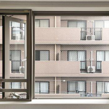 LDK窓からの眺望。