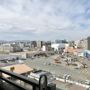 良い眺め♬(※写真は9階の別部屋からの眺望です)