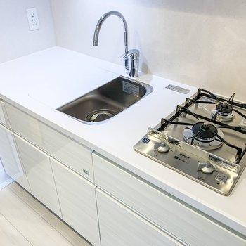 プレートを使うと、調理スペースもしっかり設けられます。
