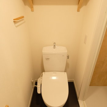 【イメージ】ウォシュレット付きのきれいなトイレ!