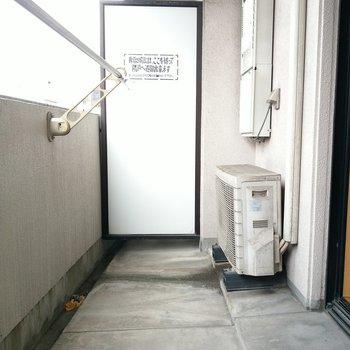 バルコニーも広めです♬(※写真は6階の同間取り別部屋のものです)