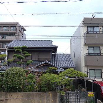 眺望は住宅街って印象です。