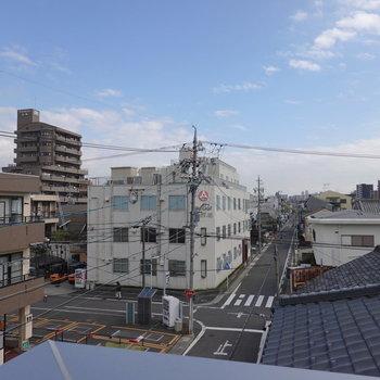 抜けが良い眺望。街が気持ち良く見渡せます。