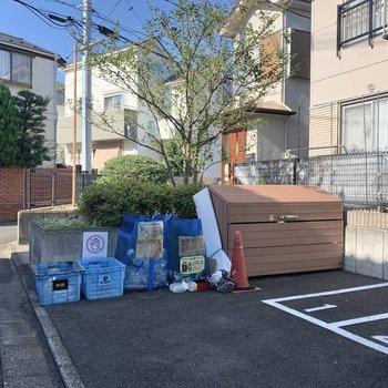 ゴミ置場も敷地内にありますよ