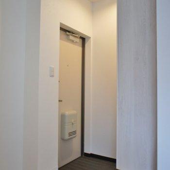 玄関はこんな感じ