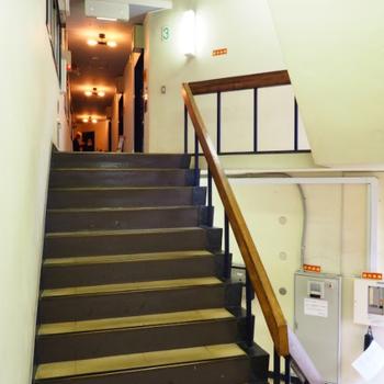 階段を上がって3階へ