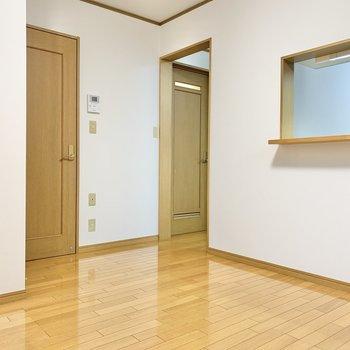 【LDK】洋室横は脱衣所です