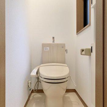 トイレは玄関入ってすぐのところ
