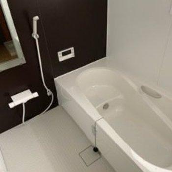 お風呂も綺麗です〜