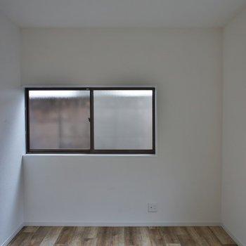 小窓もあって◎