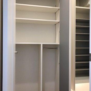 バッグやスーツケース置き場に活躍しそう◎※写真は2階同間取り・別部屋のものです。