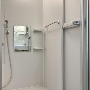 浴室を見てみましょう。ゆとりのある洗い場です。※写真は前回募集時のものです