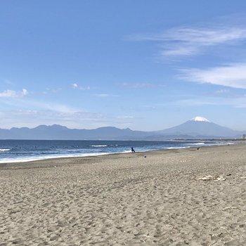 右に富士山が臨めます