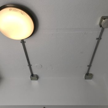 【ディテール】洋室の照明。