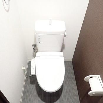 トイレも大人な空間です。