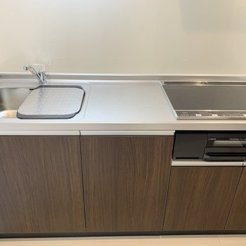 【LDK】キッチンには水切りが付いています