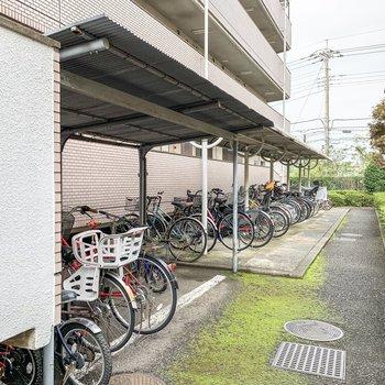 駐輪場もありますよ。