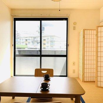 和室が風情を感じさせる(※写真は2階の反転間取り別部屋、モデルルームのものです)
