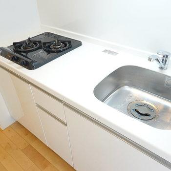 デザイン性が高く、使い心地も良さそうなキッチン!
