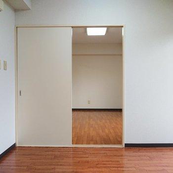 【DK】引き戸を外してしまえば開放的な空間に