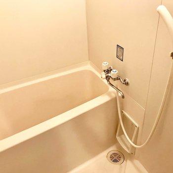 浴室は普通かな。(※写真は4階の同間取り別部屋のものです)
