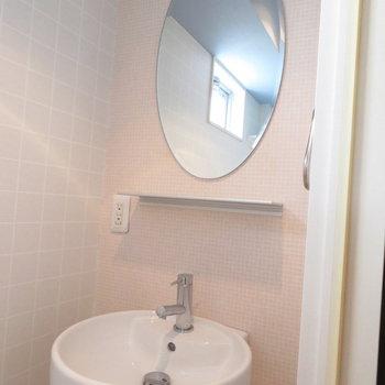 すぐに手が洗えます※写真は8階同間取り・別部屋のものです。