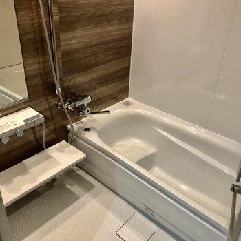 ゆったりのお風呂!お湯の調節も楽です!