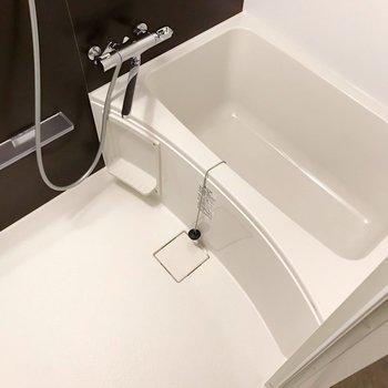 サーモ水栓で温度調節簡単です。