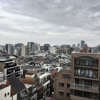 8階からの眺望はさえぎるものがありません