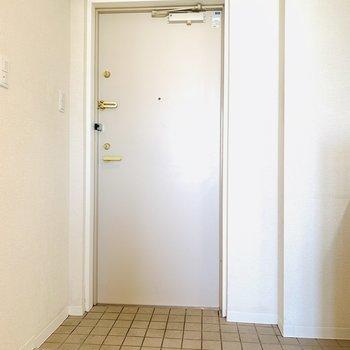 シンプルな玄関がかわいい!