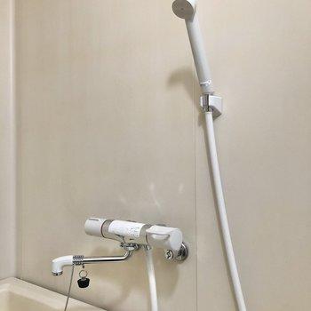 シャワーヘッドにもご挨拶。