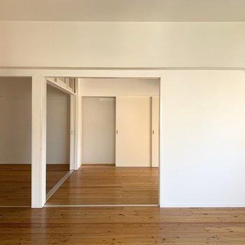 洋室とはしっかり戸で仕切れます。