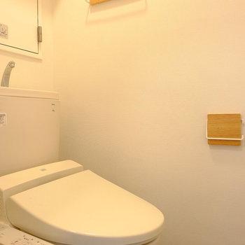 パーツがリニューアルされた可愛いトイレ※前回工事したお部屋の写真です